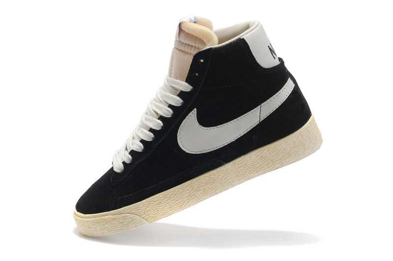 chaussure homme pas cher solde nike